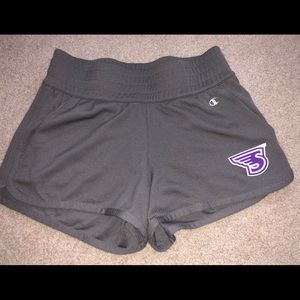 Stonehill college shorts NWOT